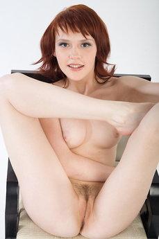 Anelie A